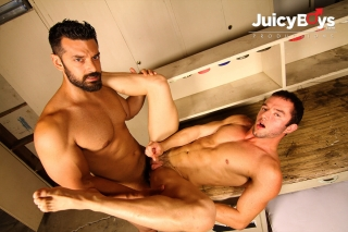 BROMO.COM » The Garage Part 4 » Marcus Ruhl » Logan Cruise