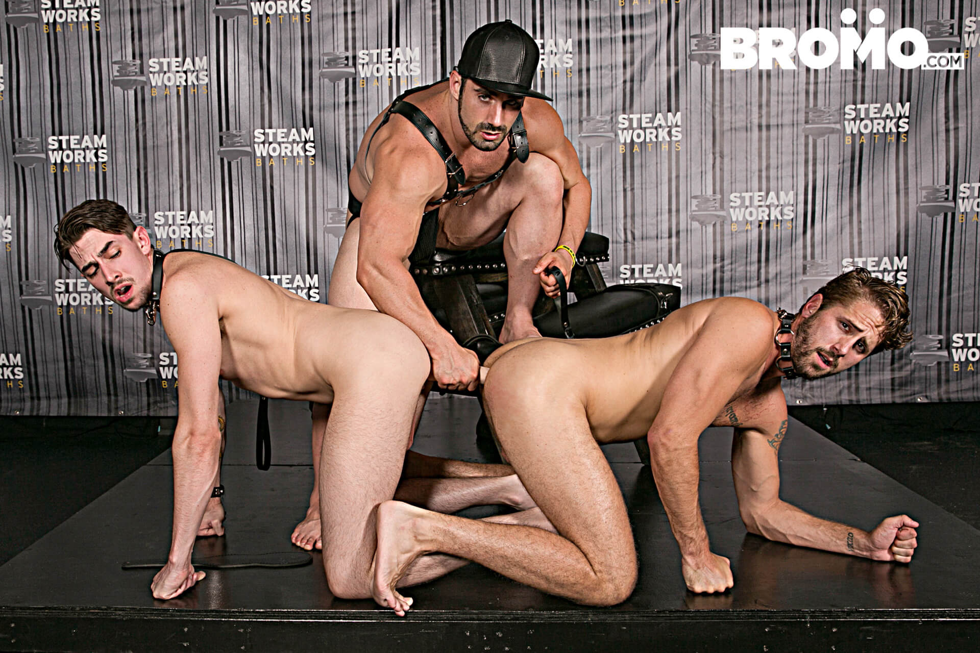 BROMO.COM » The Steam Room Part 2 » Jaxton Wheeler » Jack Hunter » Wesley Woods