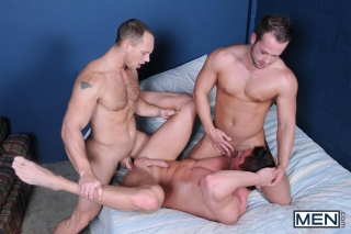 MEN.COM » Drill My Hole » Bubble Butts Part 2 » Jake Wilder » John Magnum » Luke Adams