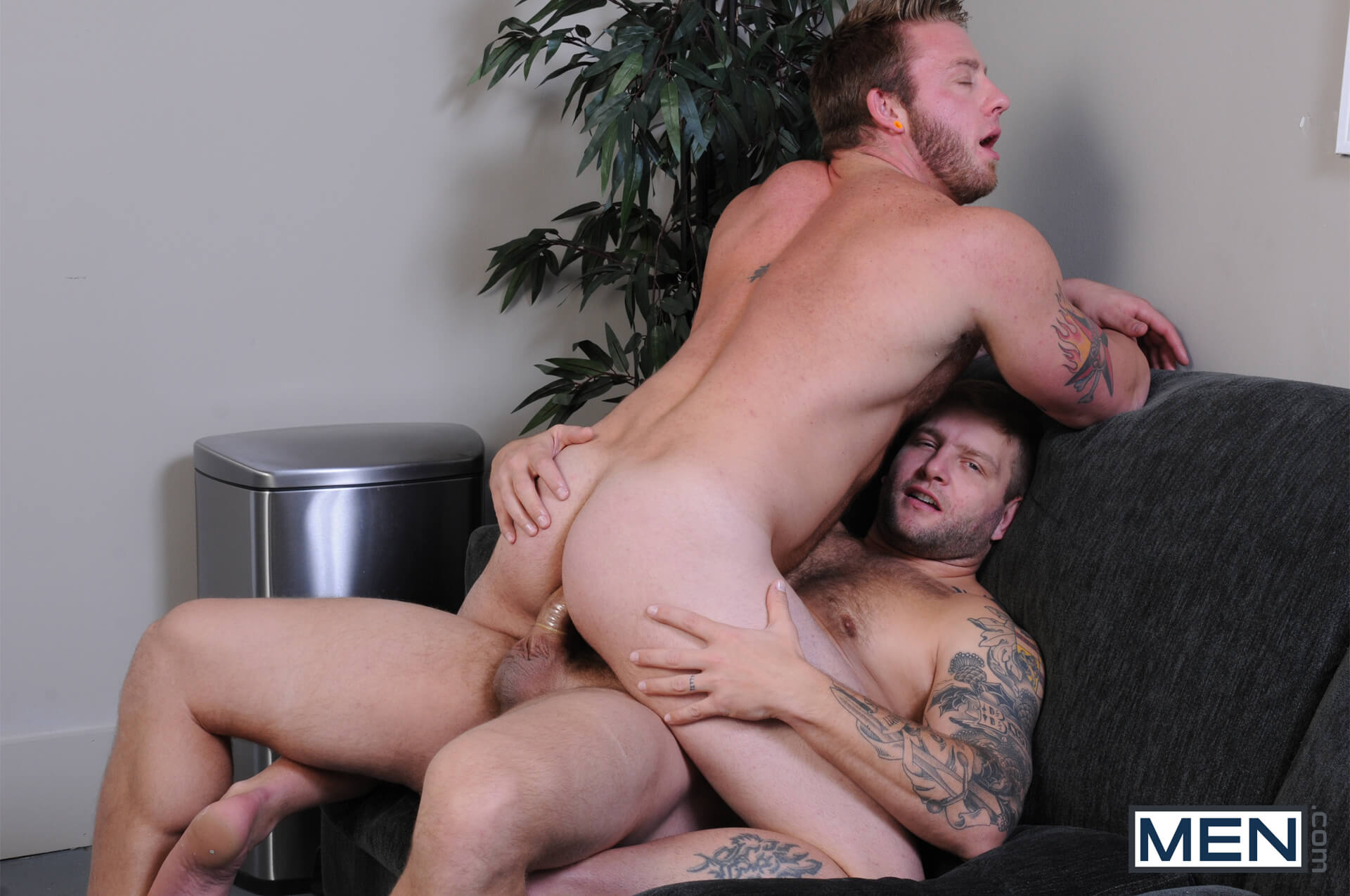 MEN.COM » Drill My Hole » Scrum Part 2 » Aaron Bruiser » Colby Jansen
