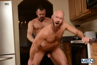 MEN.COM » Drill My Hole » The Straight Man Part 2 » Max Sargent » Mike Tanner