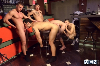 MEN.COM » Jizz Orgy » Men In Budapest Part 6 » Akos Zentay » Gabe Russel » James Jones » Jeffrey Branson » Marcus Ruhl