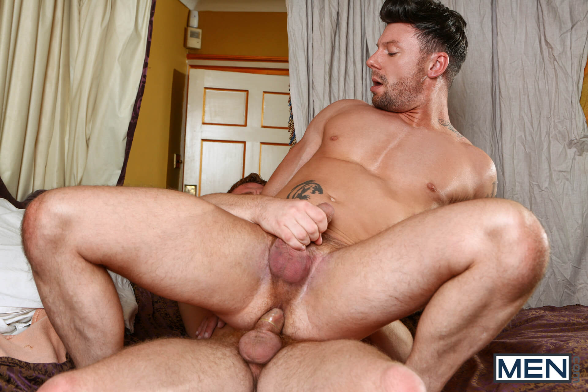 men men of uk a royal fuckfest part 1 connor maguire theo reid gay porn blog image 21