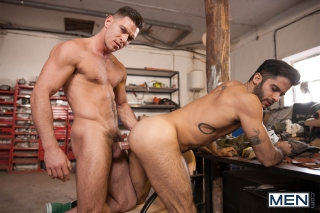 MEN.COM » Men Of UK » Forbidden Part 2 » Paddy O'Brian » Tony Milan