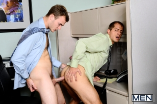 MEN.COM » Str8 To Gay » The Straight To Gay Show Part 1 » Brandon Lewis » Christian Wilde