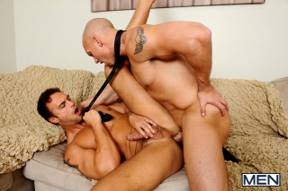 MEN.COM » The Gay Office » The Political Convention » John Magnum » Rocco Reed