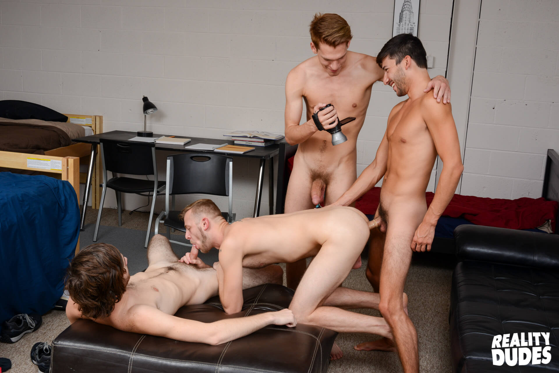 reality dudes dick dorm heavenly dick caleb rules chandler scott scott demarco zack grayson gay porn blog image 44