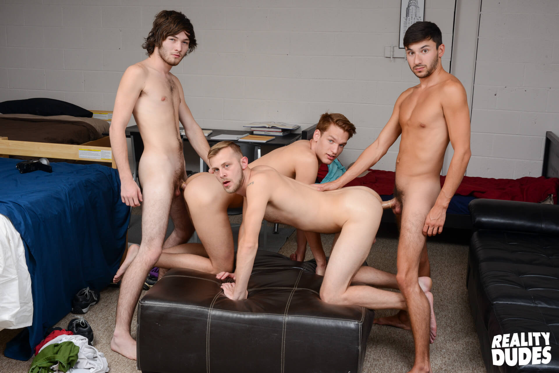 reality dudes dick dorm heavenly dick caleb rules chandler scott scott demarco zack grayson gay porn blog image 47